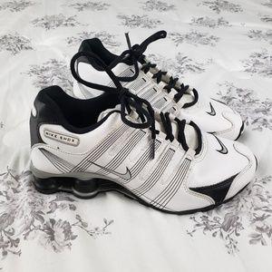 Nike Shox Boys Sneakers White Black 4.5Y